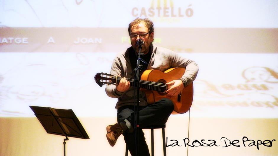 Miquel Gil - La Rosa de Paper (Vicent Andrés Estellés)