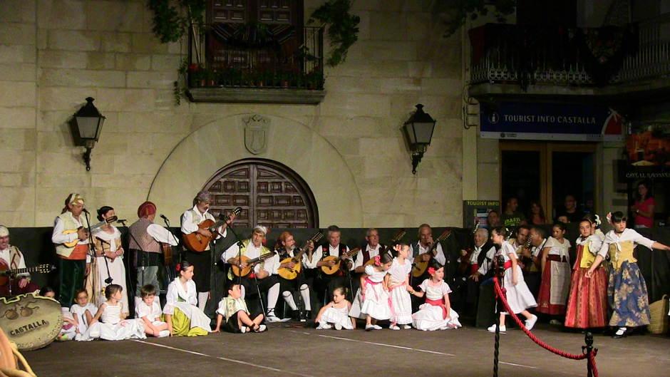 Grup de Danses i Cançons - La Pedreguera