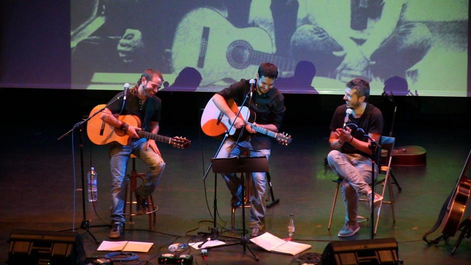 Alabajos, Freixas i Valor fan cantar l'Auditori de Castalla al concert pel 9 d'octubre
