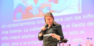Rosa Jové: Els Claus / Los Clavos