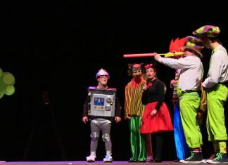 """L'Associació """"Luz y Vida"""" celebra amb màgia i humor el dia internacional de les persones amb discapacitat"""