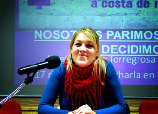 """Noemí García: """"A les dones se'ns està obligant a tornar a casa per a ocupar-nos de les persones dependents"""""""