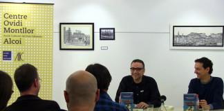 """Xavi Sarrià reviu els anys 90 amb """"Totes les cançons parlen de tu"""""""