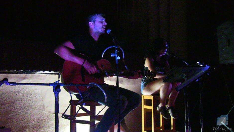 Andreu Valor i Berta Iñíguez - Nascut d'aquesta llengua (en viu a Onil)