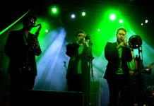 Karra-ska'l - Despertà ska-jazz (en viu al Festiniu 2014)