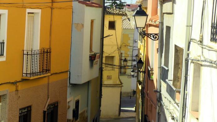 Els Amics i Veïns del CHC inicien un projecte de crowdfunding per a la rehabilitació del barri vell