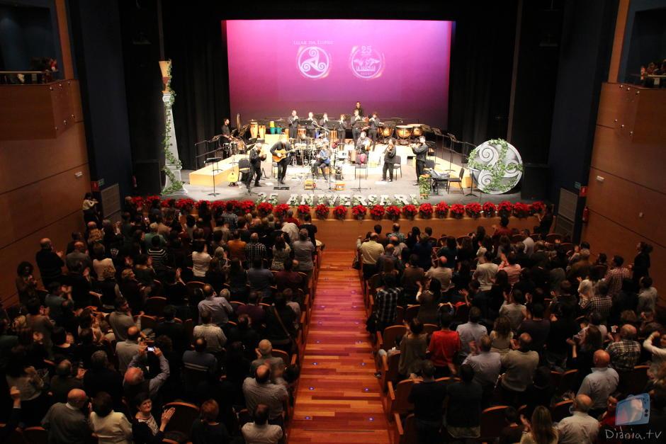 La Degollà celebrà les noces de plata amb la companyia de Luar Na Lubre al Teatre Calderón
