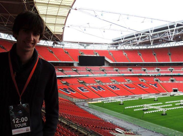 Visita al legendari estadi de futbol anglès de Wembley.