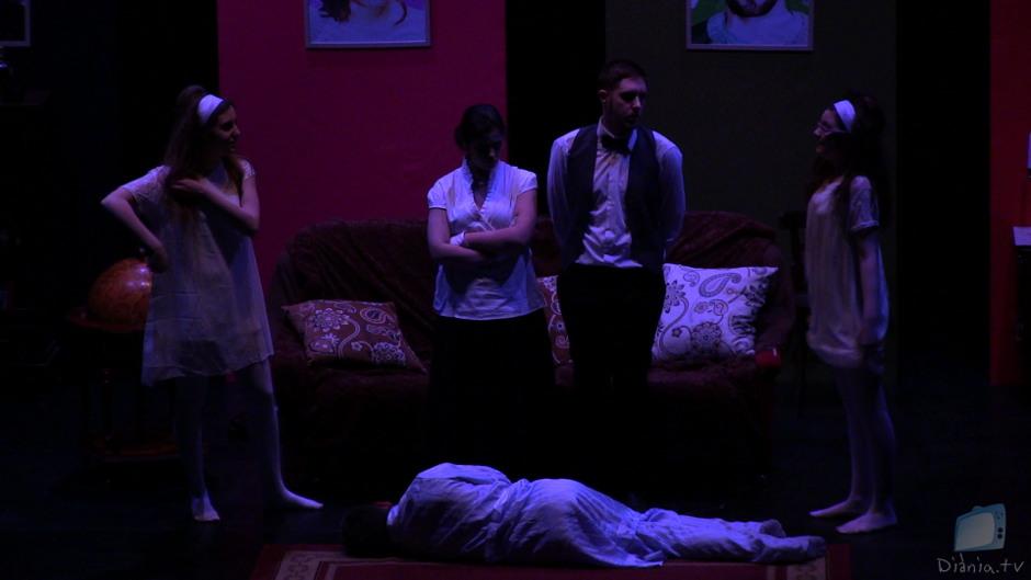 Tres Teatre Teatre Amateur Complot Castalla Auditori Comedia Negra Moisés Gil