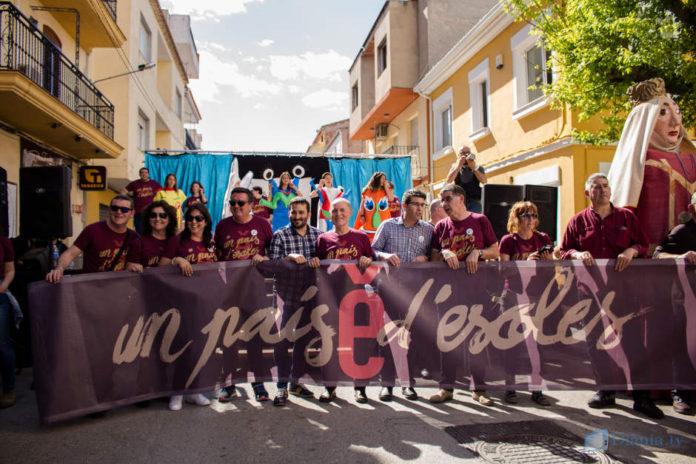 'Un país d'escoles' que camina cap a la normalització