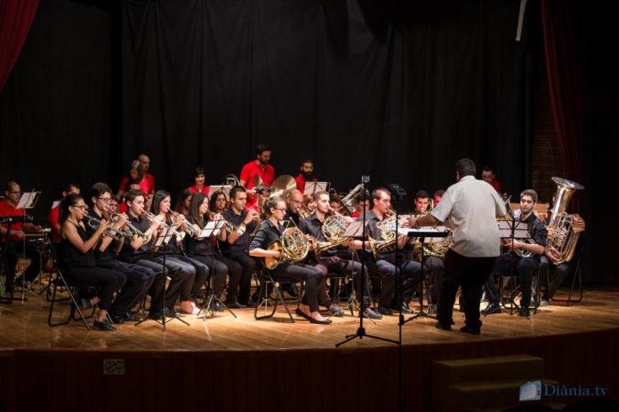 El concert d'estiu de la colla El Sogall enceta la celebració del seu 25è aniversari