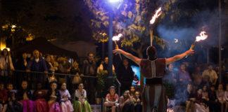 Danses i malabars clouen l'onzena edició de la Fira de Tibi