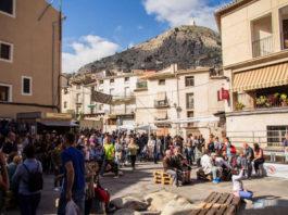 La Fira de Tots Sants converteix Cocentaina en epicentre comercial, turístic i cultural