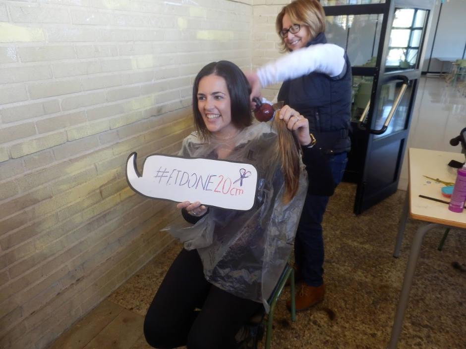 L'IES Pare Arques de Cocentaina reuneix 42 cabells solidaris contra el càncer