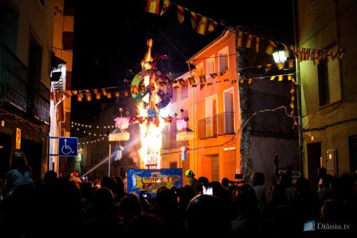 Onil clou els actes per Sant Jaume amb la cremà de la falla