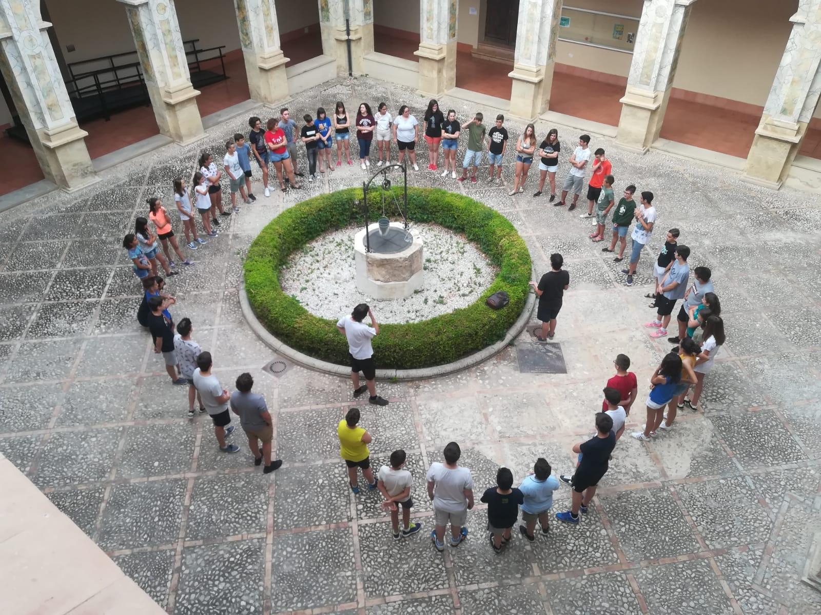 L'Escola Emergents clou la segona edició a Xàtiva amb un gran concert final a la plaça del Mercat